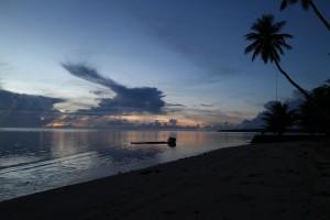 ヤップ島の朝焼けⅡ